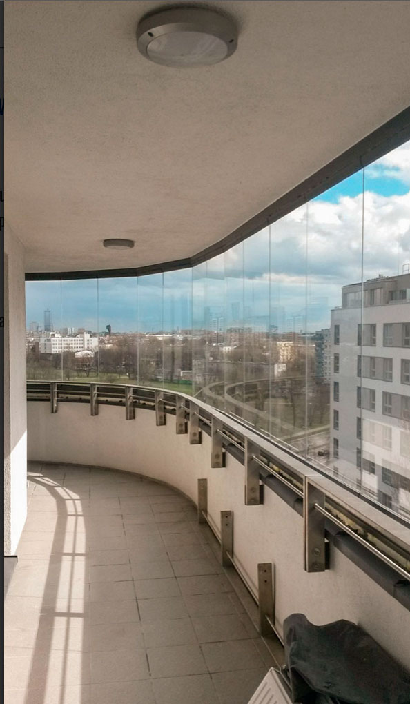 Zabudowa balkonu 27